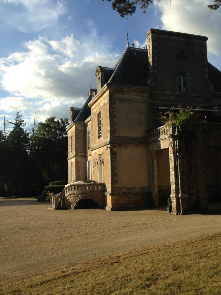 Chateau-Kergurione-soleil